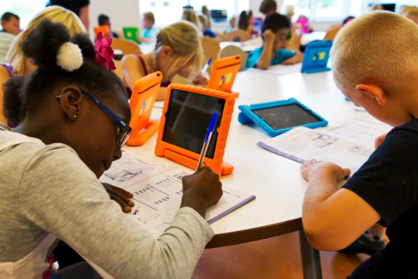 Reasons Why Digital Game Based Learning Must Help Students